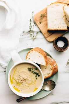 Spring soups are meant to warm your soul on those drizzly spring days. Here are some great spring soup recipes to check out. #soups #recpies Roasted Garlic Cauliflower, Cauliflower Soup, Garlic Soup, Soup Recipes, Vegetarian Recipes, Healthy Recipes, Healthy Soups, Vegetarian Mexican, Copycat Recipes