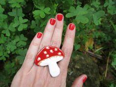 NONEDO mushroom pin brooch red toadstool amanita by satorstudio Felt Mushroom, Ceramic Jewelry, Felt Crafts, Fungi, Brooch Pin, Flora, Stuffed Mushrooms, Ceramics, Unique Jewelry