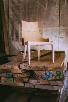 Melody chair by Venetasedie Production