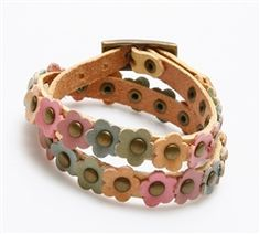 Two Times Leather Wrap Snap Bracelet with Leather Flower Design
