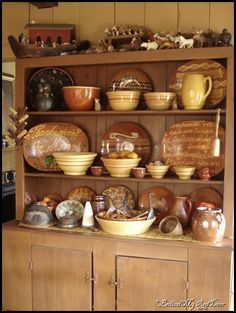 yellow ware goes so well with redware!