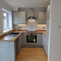 Brighten up your compact kitchen using light colours to reflect light around your room, instantly adding the feeling of space. Kitchen Room Design, Modern Kitchen Design, Kitchen Layout, Home Decor Kitchen, Kitchen Interior, Home Kitchens, Kitchen Designs, Open Plan Kitchen, New Kitchen
