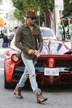 Lewis Hamilton wearing  Oliver Young Rodeo Plaid Shirt, To Boot New York Blake Cognac Boot