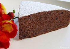 Torta al cacao, ιταλική και κομψή, με βούτυρο και κακάο και πολύ απλή εκτέλεση με ένα κατσαρολάκι, ένα μπολ και το σύρμα αυγών, χωρίς μίξερ.