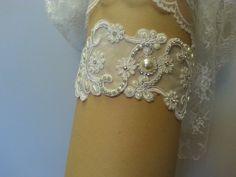 Vintage-Crystal wedding garter White/Ivory  by MissEleganceGarter
