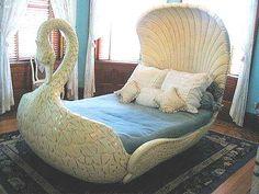 Adeta prenses yatağı !  Detaylı bilgi ve resimler için ( FOR MORE INFO & PICTURES ) : http://www.designcoholic.com/yatak-odasi-tasarimlari/adeta-prenses-yatagi.html