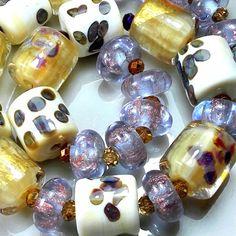 """TRIZAS-ORIGINAL  Handmade lampwork bead """"pearlescent cream"""" TOS0506 SRA #TRIZASOriginal #Lampwork"""