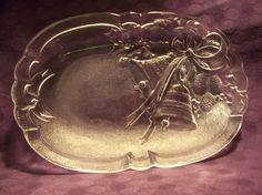 Glass Christmas Bell Dish.........................LB XXX