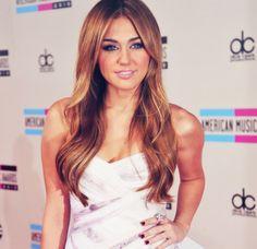 Miley Cyrus #hair #color