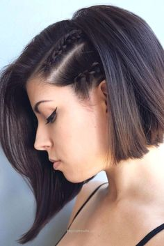 bob haircut for fine hair that will inspire you to change your appearance to be more feminine. Let us examine the best short bob hairstyles for fine hair. Prom Hairstyles For Short Hair, Short Hair Updo, Diy Hairstyles, Short Haircuts, Hairstyle Ideas, Hair Ideas, Hairstyles 2018, Black Hairstyles, Gorgeous Hairstyles