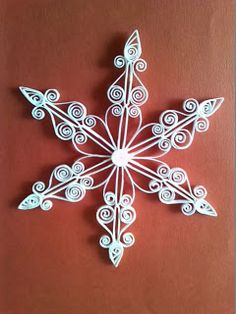 Arts Quilling: Estrela para árvore de Natal.
