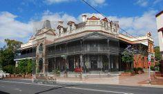 Heritage Hotel / Bulli NSW