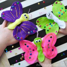 I corazón Crafty COSAS: La elaboración de favores con marionetas del dedo de la mariposa