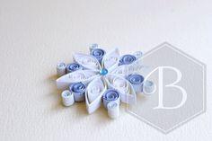 Quilled piccolo fiocco di neve ornamento di di TheBeehiveHandmade