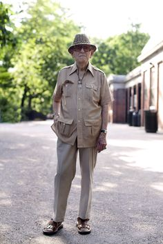 Nothing conveys old time glamour and class like a Cuban shirt on a older gentleman! Guayaberas!