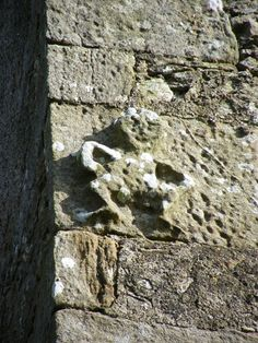 Very worn sheela-na-gig on quoin stone of Ballaghmore Castle, County Laois. This jolly figure appears to be dancing Gardens Of Stone, Ancient Goddesses, Erin Go Bragh, Divine Mother, Legendary Creature, Mobile Art, Sacred Feminine, Artwork Display, Feminist Art