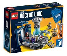 Doctor Who The perfect gift for LEGO® and Doctor Who fans of all ages! Build, display and role play with Doctor Who! The Doctor fits inside the TARDIS® when closed. The box is in excellent condition. Doctor Who Tardis, The Tardis, Lego Tardis, Doctor Who Gifts, Bbc Doctor Who, Twelfth Doctor, Dalek, Lego Minecraft, Clara Oswald