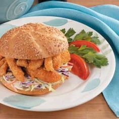 From fried and crispy to baked and seasoned, catfish recipes are a unique and spicy addition to any Mardi Gras menu or Cajun-themed meal. Cajun Recipes, Seafood Recipes, Cooking Recipes, Healthy Recipes, Cajun Food, Fish Recipes, Popeyes Louisiana Kitchen, Grilled Catfish, Coleslaw Mix