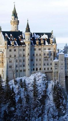 Neuschwanstein Castle, Bavaria, Germany ~ Near Fussen in Germany, a stunning castle, named Neuschwansteun and standing on the rocks of almost 200m, is oddly reminiscent of that of Cinderella.