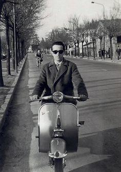 Vespa, Nostalgia, Motorcycle, Vehicles, Vintage, Gold, Wasp, Hornet, Vespas
