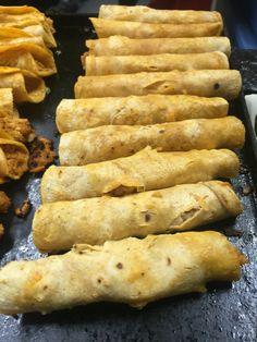 Tacos de cochinita, tradicionales del Fray Nano.