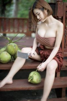 Touching My Coconuts Beauty Sexy Girl, Sexy Asian Girls, Sexy Hot Girls, Cute Girls, Asian Ladies, Sweet Girls, Ethno Style, Vietnam Girl, Beautiful Asian Women