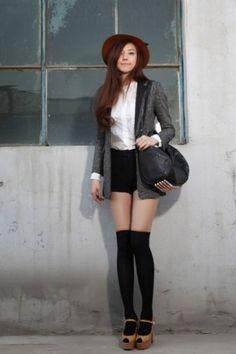 上品な大人コーデも♡ 夏だけじゃないショートパンツ♡ショーパン コーデの秋冬 ファッションを集めました!