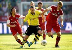 Prediksi Hamburg SV Vs Borussia Dortmund 7 Maret 2014 - Empat kemenangan beruntun Borussia Dortmund di Liga Jerman sepertinya bakal terus...