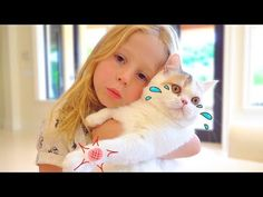 Stacy and the best cat stories for kids - Best Kids' TOYS 1st Birthday Pictures, Easter Pictures, Safari Birthday Cakes, Indian Elephant, Cute Baby Animals, Wild Animals, Best Kids Toys, Cool Cats, Big Cats