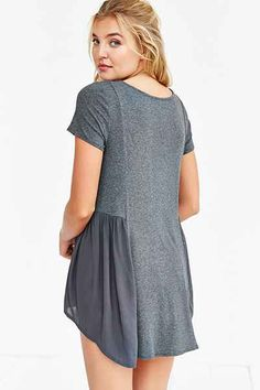 Kimchi Blue Angelina Flutter Tee - Urban Outfitters