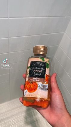 Night Routine, Best Seasons, Cozy Christmas, Tips Belleza, Girls Life, Smell Good, Shower Gel, Bath And Body Works, Apple Cider