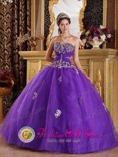 Beautiful Bright Purple Quinceanera Dress Zipper Back Purple Quinceanera Dresses, Floral Homecoming Dresses, Formal Dresses, Sweet Sixteen Dresses, Sweet 15 Dresses, Tulle Ball Gown, Ball Gowns, Dresser, Quince Dresses