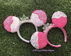 This listing is for one beautiful and sparkly Happy Birthday Sequin Minnie ears with Silver Happy Birthday Crown. The ears and headband are covered with a sparkly sequin fabric. Half of the ears are covered with frosting with sprinkles. You can customize the ears to any color sequin of