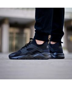ca9cfa45e95f6 Nike Air Huarache Ultra Breathe Triple Black Trainer
