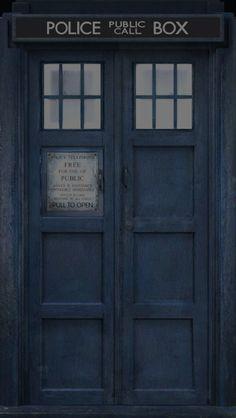 iPhone TARDIS lock and home screens for iOS7 – Sarah Marr at scidoll.com