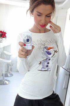 Krásne štýlové tričko s dlhým rukávom s vianočným motívom a kreslenou postavičkou z rozprávky OLAF, tip na darček92 % viskóza, 8 % elastán