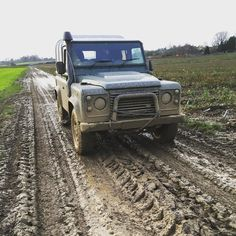 Think it needs a wash big time #landroverdefender #landyfordays by michaelfermor Think it needs a wash big time #landroverdefender #landyfordays