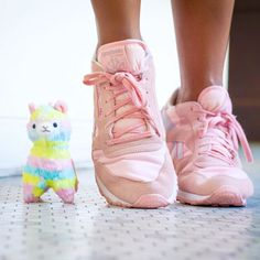 Every journey begins with a single step... so put one foot in front of the other and just keep moving forward!  #onestepatatime #youcandothis #inspiration #monday #pastel #alpacasso http://liketk.it/2ortJ @liketoknow.it #liketkit #reebok #pastelrainbow by studiomucci