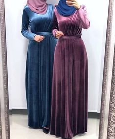 30 Casual Winter Hijabi Outfits To Fall In Love With - Zahrah Rose Hijab Evening Dress, Hijab Dress Party, Muslim Women Fashion, Islamic Fashion, Korean Fashion, Mode Abaya, Mode Hijab, Abaya Fashion, Modest Fashion