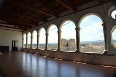 Venosa-  loggiato Castello