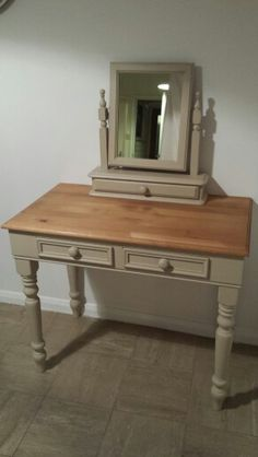 Dressing table with swing mirror in Annie sloan country grey