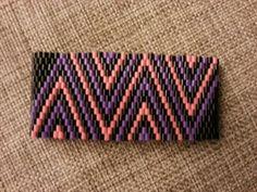Bracelet Hama mini perler by Anne Mette Broustbo Hama Mini, Pixel Beads, Perler Patterns, Perler Beads, Loom, Diy, Curtains, Crafty, Bracelet