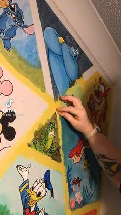 Art Drawings Sketches, Disney Drawings, Disney Paintings, Disney Rooms, Pinturas Disney, Diy Canvas Art, Disney Fan Art, Cute Disney, Disney Pictures