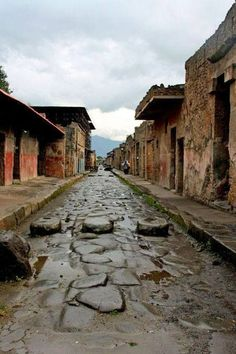 Street of Pompei, Pompei, Naples, Italy Copyright: Andre Duret Más Places Around The World, Oh The Places You'll Go, Places To Travel, Places To Visit, Around The Worlds, Pompeii Italy, Pompeii And Herculaneum, Ancient Rome, Ancient Ruins