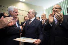 cristalvox: Guerra total no Palácio do Planalto: Assessores de...