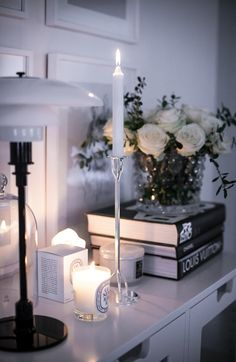 interior || home || white flowers || candles || B&W || black || white
