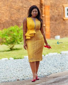 Try out this amazing beautiful Ankara dress we have for you ,This specially Ankara dress we selected for you will make you look … African Lace Styles, Short African Dresses, Latest African Fashion Dresses, African Print Dresses, African Print Fashion, Ankara Styles, Lace Dress Styles, Blouse Styles, African Traditional Dresses