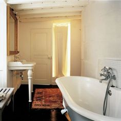 "I am regularly approached for ""a word"" of design advice. Black Floor, Clawfoot Bathtub, Flooring, Retro, Simple, Arles, Authentique, Powder Rooms, Home"