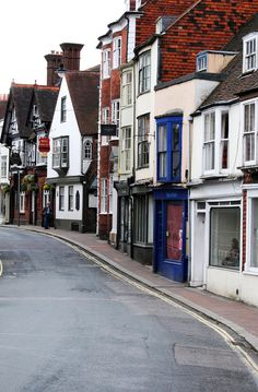 Lewes in East Sussex, England is a beautiful and quaint small town - ideal for pootling