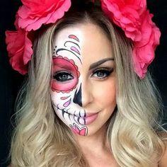 Costume Halloween, Halloween Makeup Looks, Halloween Skull, Halloween Makeup Sugar Skull, Vintage Halloween, Halloween Halloween, Sugar Skull Makeup Easy, Candy Skull Makeup, Candy Skulls